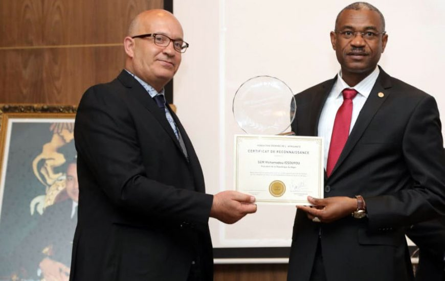 Marrakech : La Fondation » Trophée de l'Africanité » honore SEM Mahamadou ISSOUFOU président de la république du Niger